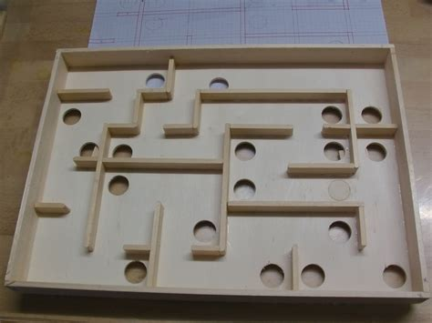 werken mit kindern ideen murmel labyrinth ein geschicklichkeits spiel bauanleitung zum labyrinth werken mit