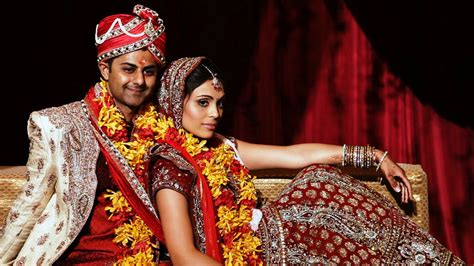 Indian Wedding : What Are The Best Indian Wedding Dresses For Brides