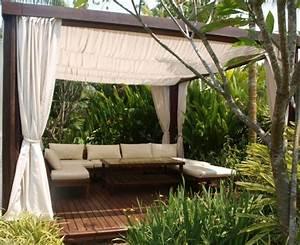 Bois Pour Terrasse Extérieure : pergola en bois avec rideaux 50 id es cools pour le ~ Dailycaller-alerts.com Idées de Décoration