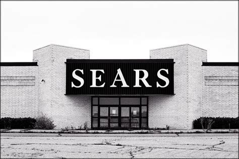 abandoned sears store at southtown mall in fort wayne