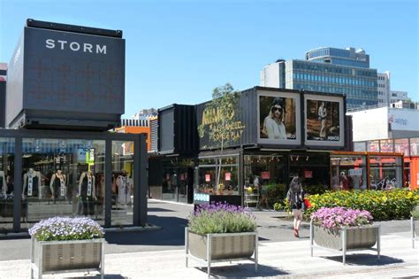 homes interior design ideas container shops the trend in modern retailing