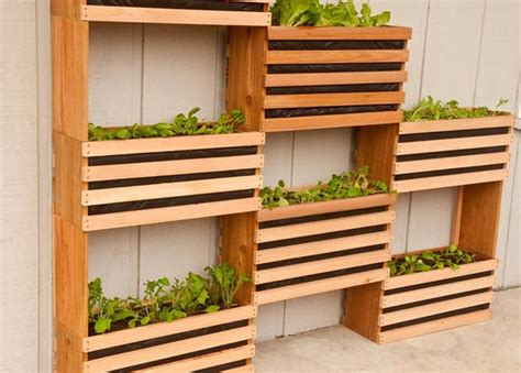 How To Make Your Own Vertical Garden by Craft Your Own Vertical Vegetable Garden Corner