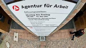 Geringfügige Beschäftigung Berlin : besch ftigung berliner arbeitslosenquote erstmals einstellig wirtschaft tagesspiegel ~ Eleganceandgraceweddings.com Haus und Dekorationen