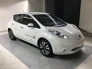 Nissan Leaf Occasion : voiture lectrique occasion nissan leaf 24 kwh nissan leaf 24kw teknal solar panel ~ Medecine-chirurgie-esthetiques.com Avis de Voitures