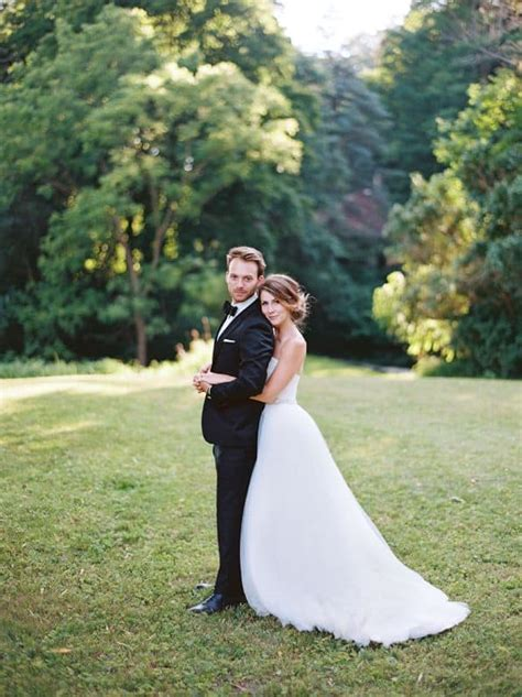 outdoor wedding photography   page