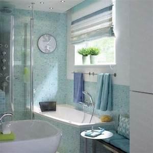 Badezimmer Fliesen Design : kleine badezimmer wanne blau fliesen waschbecken idee bad pinterest design ~ Indierocktalk.com Haus und Dekorationen