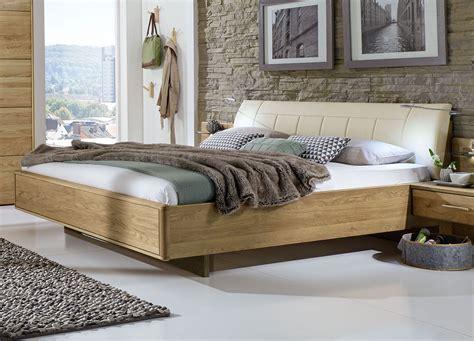 Bett Kopfteil Holz by Doppelbett Schwebend Mit Gepolstertem Kunstleder Kopfteil