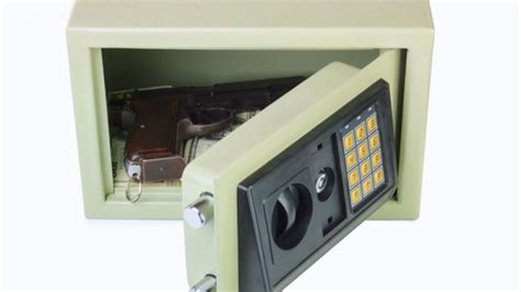 Bedside Gun Safe South Africa by Ways To Protect Your Guns How To Protect Your Family