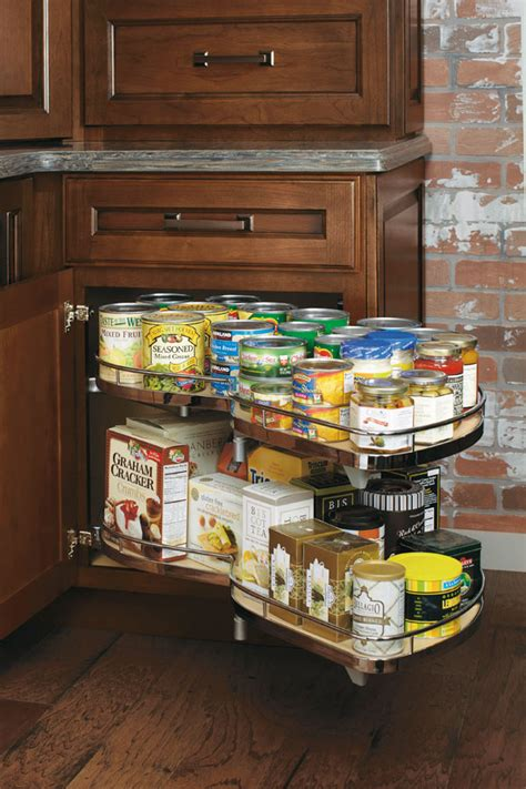 base corner cabinet  curved pull  diamond cabinetry