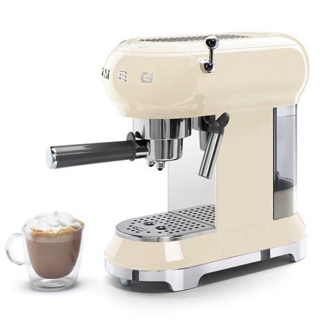 The smeg dcfo1 is a traditional coffee machine, but it still comes in the same beautiful, vintage design as the smeg espresso machines. Smeg ECF01CRUK 50's Style Retro 1350W Espresso Coffee ...