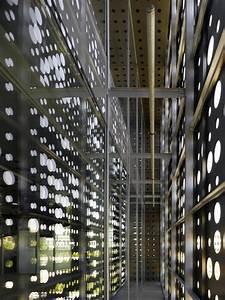 Gallery of Dogan Media Center / Tabanlioglu Architects - 8