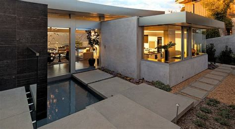 cuisine moderne avec ilot magnifique maison avec vue sur la laguna vivons maison
