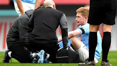 Chelsea and manchester city lock horns in the champions league final on saturday evening with a point to prove. Kevin De Bruyne: Man City midfielder injured in FA Cup semi-final against Chelsea | Football ...