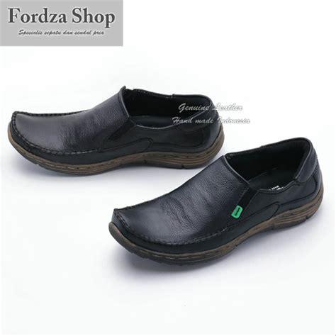 Jual Sepatu Pria Sepatu jual sepatu pria casual sepatu kulit pria sepatu slip on