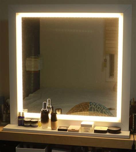 Light Up Bathroom Mirror by Led Lighting Mirror For Make Up Or Starlet Lighted Vanity