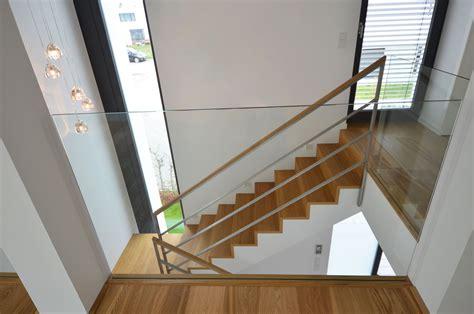 betontreppe mit holzbelag treppenbau diehl  frankfurt