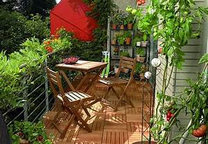 Balkongestaltung Kleiner Balkon : balkon und terrasse optimal gestalten obi ratgeber ~ Frokenaadalensverden.com Haus und Dekorationen