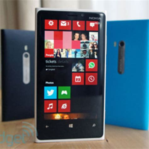El número de usuarios deja clara la buena aceptación del producto, sobre todo cuando hablamos de usuarios activos y no simplemente de cuántos han descargado la aplicación. Vazou o Windows Phone 'Amber' para Nokia Lumia; saiba como ...