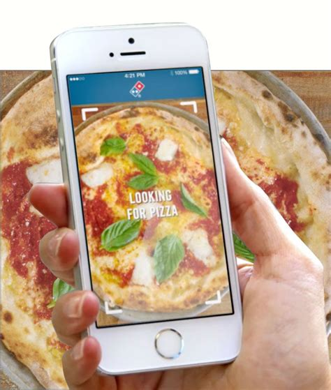 hand holding points  pies app  pizza  images