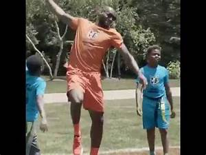 LeBron James Dominates Kids at Bryce's Birthday Party ...