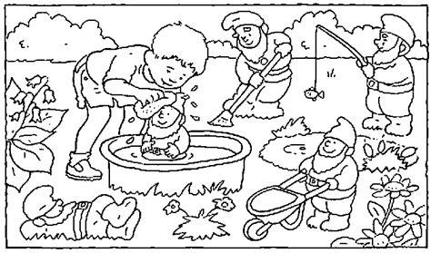 Gartenzwerge Im Garten Ausmalbild & Malvorlage (gartenzwerge