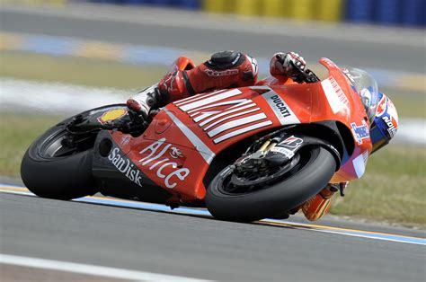 ducati motogp team complete  day  tests  le mans