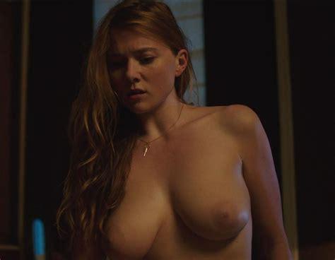 Busty Actress