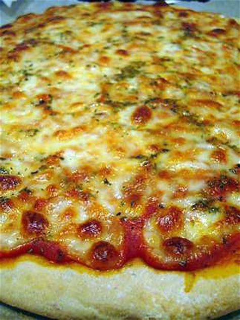 recette de pizza maison crousti moelleuse 224 la p 226 te