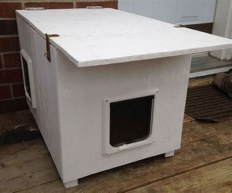 insulated cat house 25 best ideas about heated outdoor cat house on
