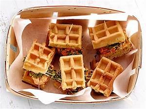 Holzofen Für Küche Zum Kochen : lecker f r unterwegs und auf der picknickdecke herzhafte waffel sandwich alnatu kreative ~ Orissabook.com Haus und Dekorationen