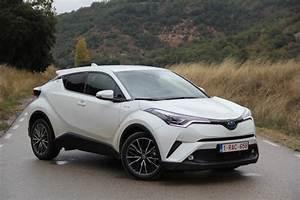 4x4 Toyota Hybride : essai vid o toyota c hr 2017 arme de conqu te ~ Maxctalentgroup.com Avis de Voitures