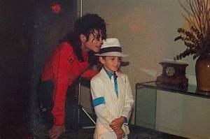 Leaving Neverland belgeseline Michael Jackson ...
