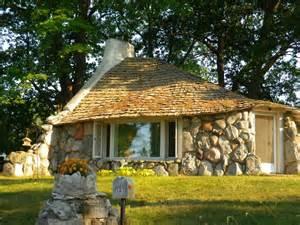 Charlevoix Michigan Hobbit Houses