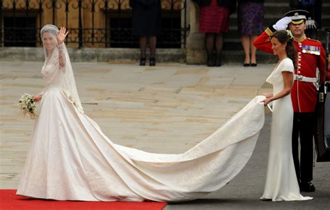 Kates Wedding Dress : Kate Middleton's Wedding Dress Was Kept Secret In The Most