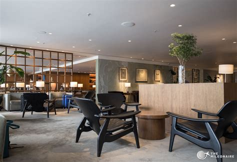 Pier Lounge by The Pier First Class Lounge Hong Kong Review The Mileonaire