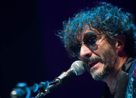 Rodolfo páez ávalos, popularly known as fito páez (spanish pronunciation: Fito Páez confirmó que se viene un nuevo disco en 2017 ...
