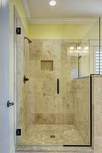 Haus Günstig Renovieren Tipps : badezimmer renovieren ideen tipps und bilder ~ Markanthonyermac.com Haus und Dekorationen