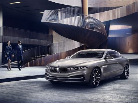Those with keen eyes will note the grille looks a wider, like its trying to eat a. BMW Pininfarina Gran Lusso Coupé: all hail the V12! updated - Autoblog.nl
