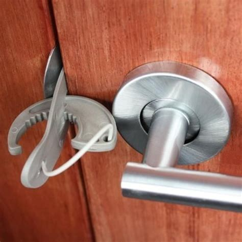 how to lock a door without a lock door lock house and gadgets ideas