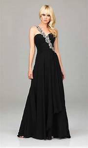 30 Black Prom Dresses Ideas to Look Like Celebrities - MagMent