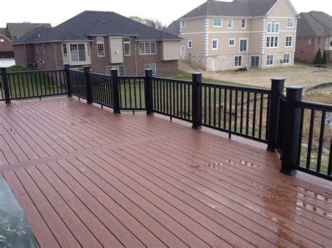 rochester hills composite deck construction