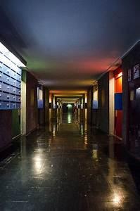 Cité Radieuse De Rezé : le corbusier la cit radieuse unit d 39 habitation marseille passing through le corbusier ~ Voncanada.com Idées de Décoration
