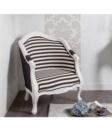 peinture taupe chambre petit fauteuil cabriolet imprimé é noir et blanc