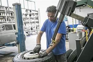 Garage Di Marino : montaggio e smontaggio pneumatici a san marino dm garage ~ Medecine-chirurgie-esthetiques.com Avis de Voitures