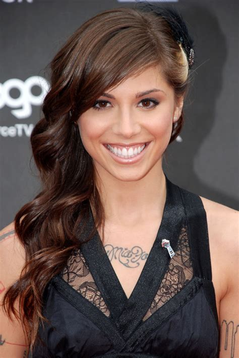 christina perri wavy dark brown faux sidecut side part streak hairstyle steal  style
