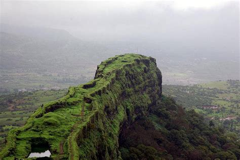 lohagad fort pune iron fort