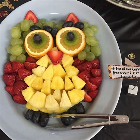 owl fruit tray     harry potter party