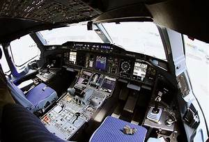 Airbus A380 Flight Deck  Wikimedia Commons