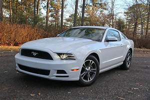 2014 Ford Mustang Review : V6 Premium | CarAdvice