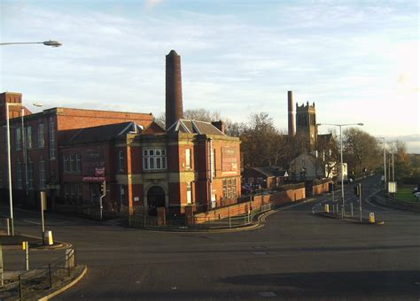 hollinwood greater manchester wikipedia
